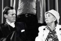 René Peier als Vikar in 'Lasst mir meine Bäume stehen', Hechtplatztheater Zürich