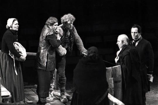 René Peier in 'Der zerbrochene Krug', 1978: Staatstheater Karlsruhe