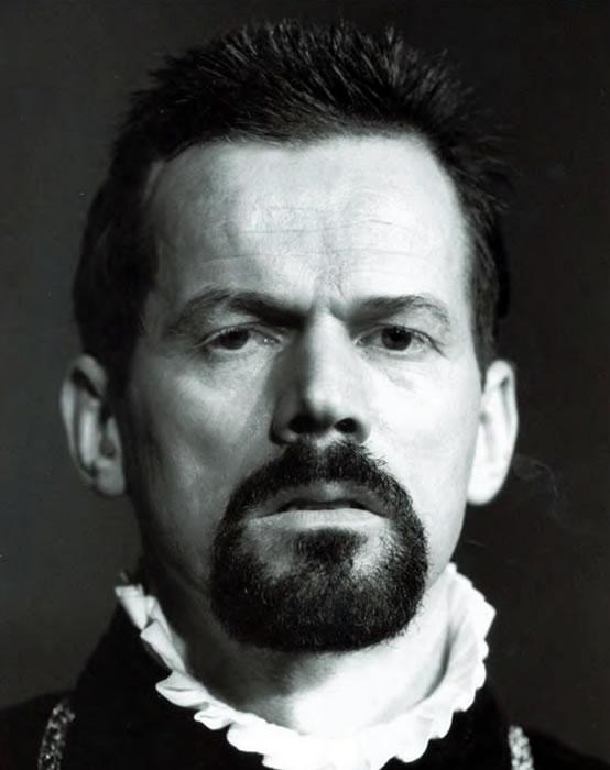 René Peier als Herzog von Alba, in 'Don Carlos' , 1998 – 1999 Theatergastspiele Kempf, München, Tournee