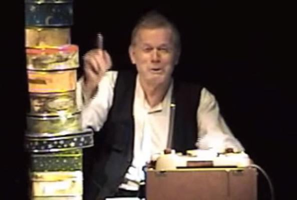 René Peier spielt Krapp in 'Das Letzte Band', Tournee (Keller 62) & Gastspiel